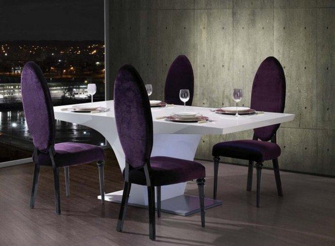 Mesa Tavira branca + cadeiras deco